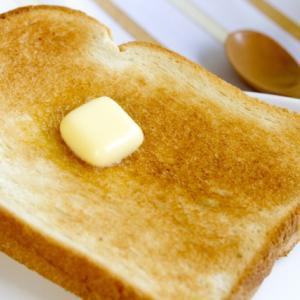 朝食を取ることのメリットとは?仕事の効率や年収に響くのか?