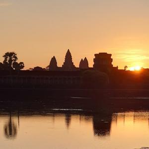 カンボジア2日目、アンコールワットの日の出★