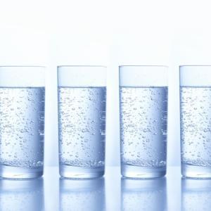炭酸水でダイエットはウソ!?科学的に考えてみた。