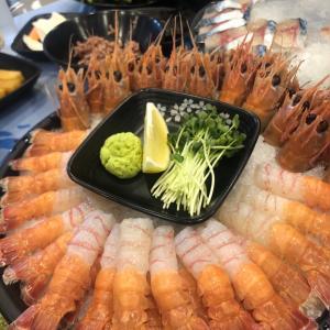 【済州】海老のお刺身が美味しいと評判の韓国食堂