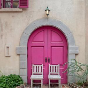 【京畿道】ピンクのドアがインパクト大!韓国cafe