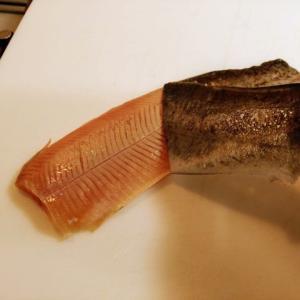 炙り調理の勧め!魚の皮引きが上手く出来ない人は炙り調理がお勧め!ペロッと皮が取れて美味しくなるよ!