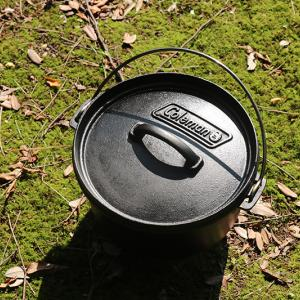 持ってればキャンプで大活躍間違いなし!コールマンのダッチオーブンの魅力とは?