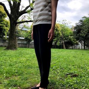 ベルーナ ラナン の「美シルエットタックパンツ」は良く伸びて、履き心地が最高!