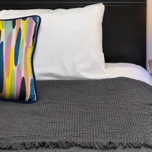 実例:★4.98獲得の民泊インテリアコーディネート③寝室