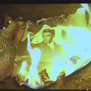 【反日アート展】話題の大浦信行作品、全部で20分の長編作品だった 天皇の写真は4回燃やされ、バックには、どこかの国の民謡が流れる…■動画■~ネットの反応「もろ韓国の曲やんけw」「焼くだの踏みつけるだの好きだよね、かの国は」