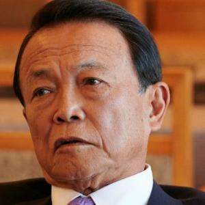 ポスト安倍について麻生太郎副総理「大前提として『党を出たり入ったりしていない』こと。みっともないのがいるじゃない?」~ネットの反応「党が苦しい時に見捨てて去った渡り鳥は信用できんわな、日本国、日本国民に対しても同じことするよ」