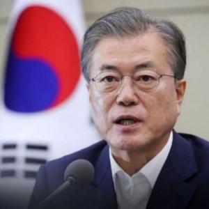 文大統領「韓日関係のため韓米関係が揺らぐことはない」〜ネットの反応「GSOMIA破棄で米国を激怒させたのはおまえらだろ」「でも、米軍基地は、追い出すんでしょ?」「まぁ元々日韓関係と関係無く米韓関係は揺らいでるもんな」
