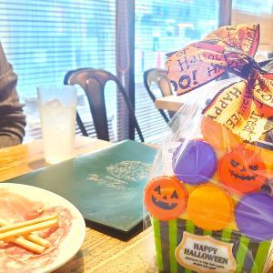 ハロウィンお菓子とワイワイお引き合わせ