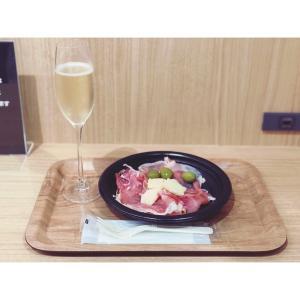 関西初出店!成城石井のカフェ&バーが大阪 天王寺 あべのand(アンド)にオープン!|切りたてハモンセラーノとスパークリングワインが安くて美味しい♡