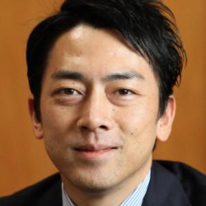【ポエマー】小泉進次郎、ネット批判に反論「ゴミ袋に感謝の気持ちを毎回書いている」