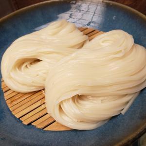 【佐藤養助 日比谷店@内幸町】古くからこだわり続ける伝統の稲庭うどんを食べることができるお店【天丼セット】