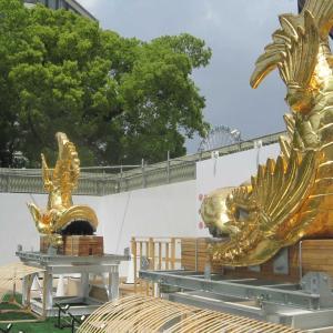 金シャチと名古屋城本丸御殿