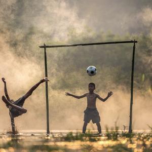 公園や道路でのボール遊びを確実にやめさせる方法【小話】