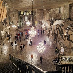 ヴィエリチカ岩塩坑内の聖ギンガ礼拝堂には驚く編-ポーランド旅行記-41