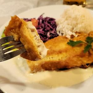 クラクフ名物の魚料理と聖マリア教会の鐘編-ポーランド旅行記-50