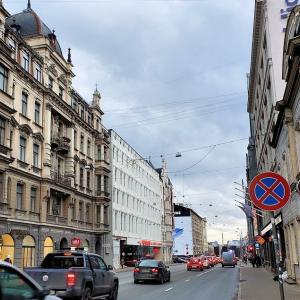 ラトビアの首都リガでユーゲントシュティールを眺めながら昼食を-バルト三国旅行記-3