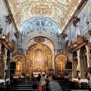 ヴィアナ・ド・カストロのミゼリコルディア教会内でアズレージョに見惚れる-ポルトガル旅行記-9