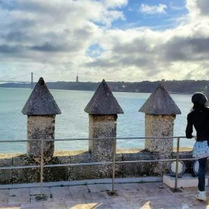 ベレンの塔の頂上から大航海時代の風景を想像しながら、テージョ川を眺める-ポルトガル旅行記52