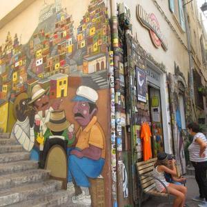 マルセイユ•パニエ地区がアートで異次元だった話