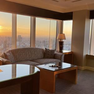 リッツカールトン東京エグゼクティブスイートコーナールーム宿泊記|ポイント宿泊からスイートにアップグレード