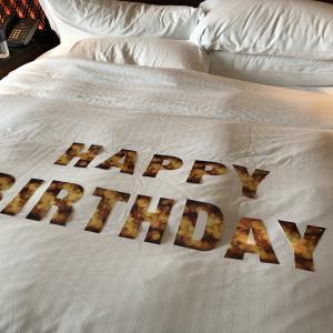 リッツカールトン東京で誕生日宿泊とサプライズ|アニバーサリー・おもてなし体験まとめ