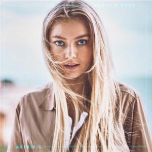 Astrid S の Party's Over 和訳