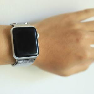 Apple Watch純正ステンレスバンドをレビュー!高級感はお値段以上