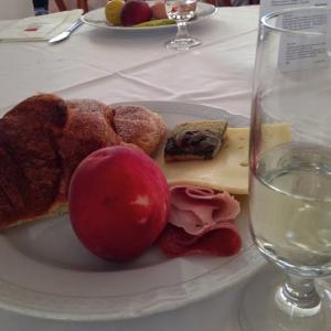 カルチャーショックinイタリア 酒はいつ飲むモノなのか 【イタリア:タオルミーナ】