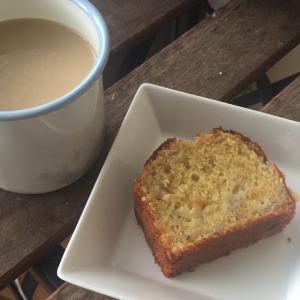 バナナケーキを10倍美味しく食べる方法・悪魔のバナナケーキ(?)【おうち時間】【おうちカフェ】【ロンドン】