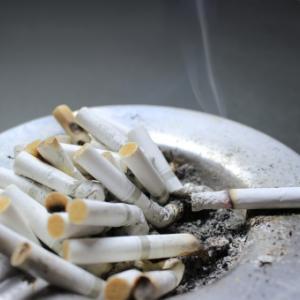 タバコを吸う人も亜鉛補給しましょうね。