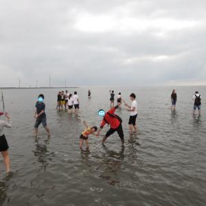 「台湾のウユニ塩湖」高美湿地、ウユニ写真は難しかった(0歳&4歳:子連れ台湾周遊旅 ♯24)