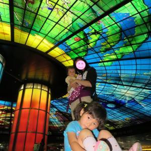 高雄:世界最大のステンドグラスアートのある駅:美麗島駅(0歳&4歳:子連れ台湾周遊旅 ♯47)