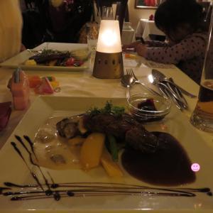 ストックホルム:ガムラ・スタンその7 ~「モビッツ」でトナカイのステーキを食べる~(1歳&4歳:子連れスウェーデン・フィンランド・エストニア旅 ♯81)