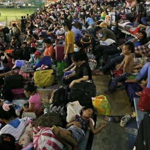 マニラ空港周辺に孤立している人々(LSI)の悲劇