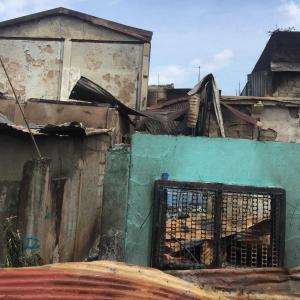 マクタン島ラプラプ市プソックで火災発生