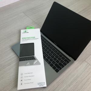 MacBook Proのアームレスト保護シートを使ってみたら