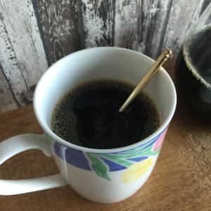 コーヒーにはちみつはあり?はちみつを入れる利点とは?