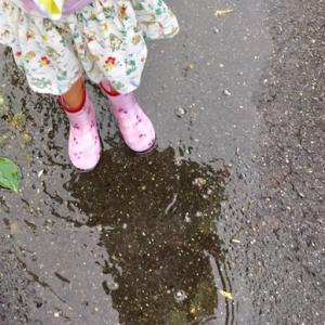 雨の日遊びしつつファミマへ♡