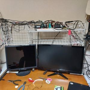 ダイソーのワイヤーネット収納をちょっとアップデート