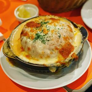 【池袋】サクラカフェで謎料理パリセジーニャを食べてきた