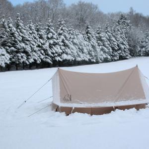 【冬キャンプの夜】石油ストーブを消して寝られないキャンプなんて、やめちまえ!