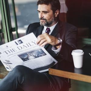 中小企業も既得権益多少ありますよね。40代以上の管理職の方。私も含めてこれからの時代就職が難しくなる。いつクビになっても良いように準備しよう