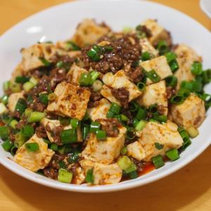 麻婆豆腐と棒棒鶏サラダ