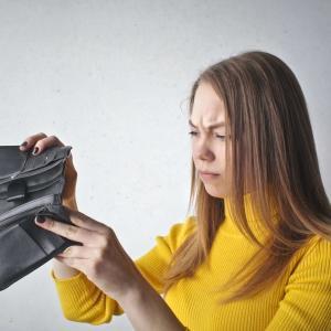 節約しすぎる人はお金を引き寄せづらくなる理由