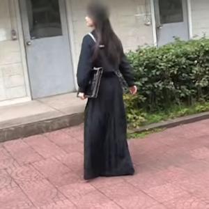 【セーラー服】スカート丈が長い!ロングスカート制服で歩くスケバン