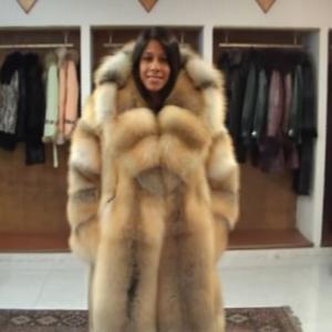 【毛皮】ロング丈ファーコートを見よ!高級感のあるもふもふが美しい