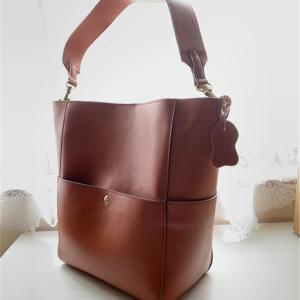 Baginningショルダーバケットバッグの感想!大きめなのに持ちやすい
