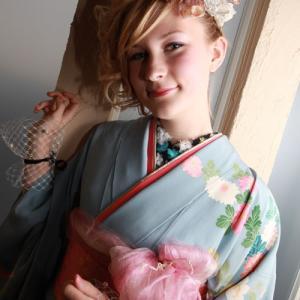 【画像】美人白人女性が着物を着た結果wwwwwwww