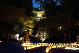 中秋の名月・満月を楽しむ石山寺秋月祭 紫式部も愛した近江八景石山の秋月と源氏物語